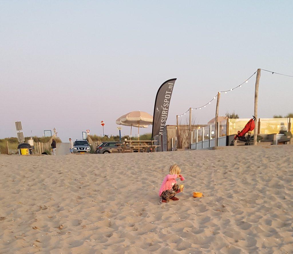 Strand kijkduin scheveningen den haag; Roompot Vakantiepark kijkduin; Beachclub Birds