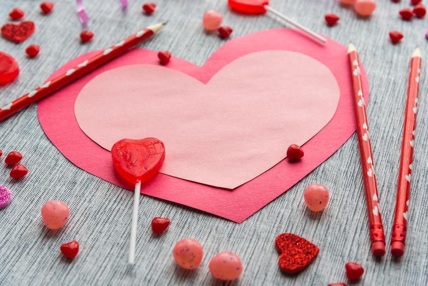Valentijnsdag; Hartjes knutselen voor je valentijn - Gera Raakt