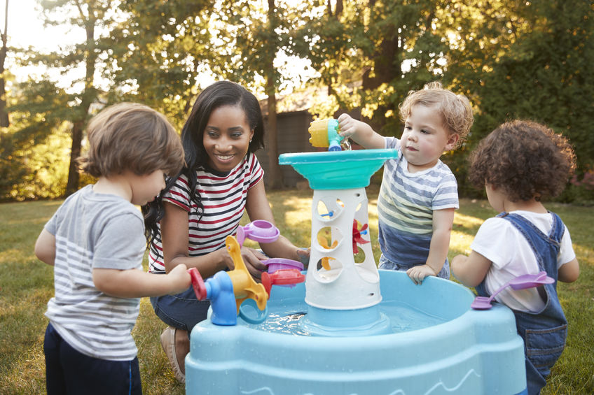 Zand en watertafel | Buiten speelgoed oa Little Tikes en Step2