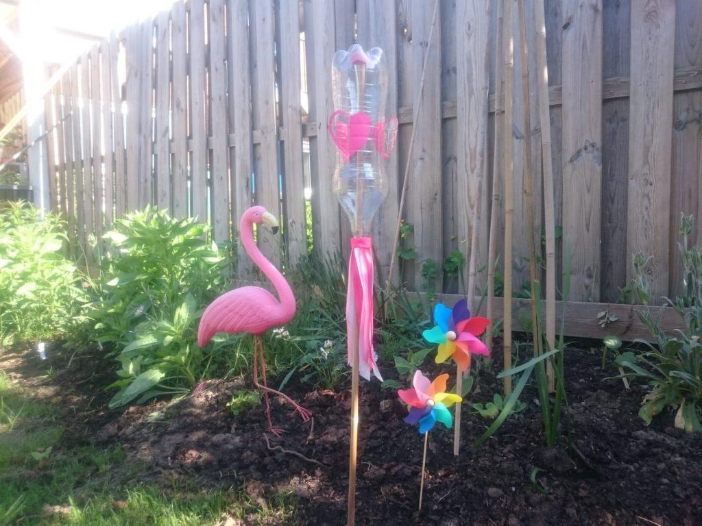 Knutselen DIY Speelgoed windmolentje maken van een petfles