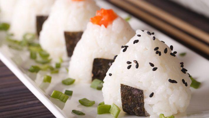 Japanse Onigiri (rijstballen) met pompoen en paddenstoelen - recept
